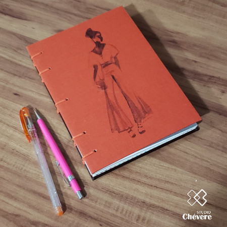 Caderno It Girl - Costura Aparente