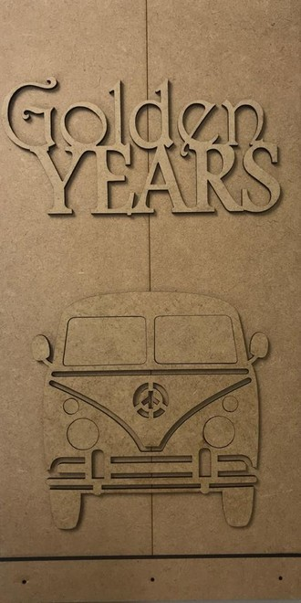 Placa Golden Years - em MDF crú-marca Duna Atelier.