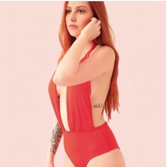 Hermosa Body Cavado Red