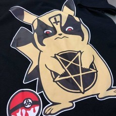 CAMISETA DARK PIKA