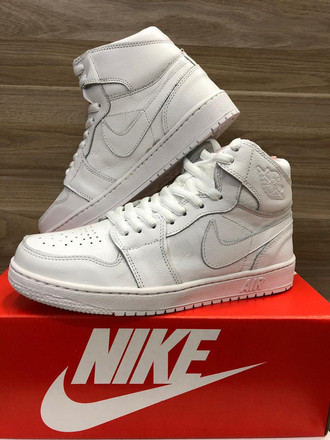 [38-43] Air Jordan 1 Triple White