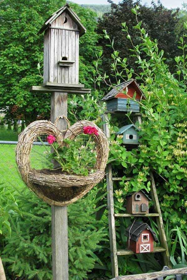 Ladder Birdhouse Display