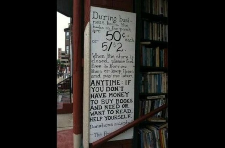 Image of book store sign
