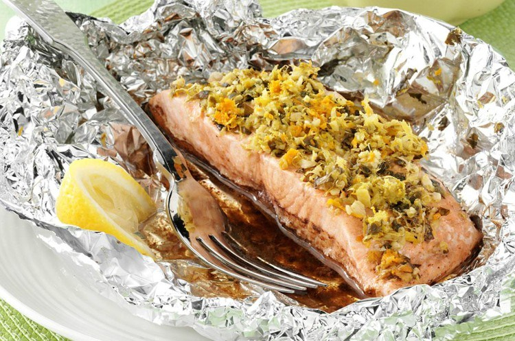 Garlic-ginger salmon in foil.