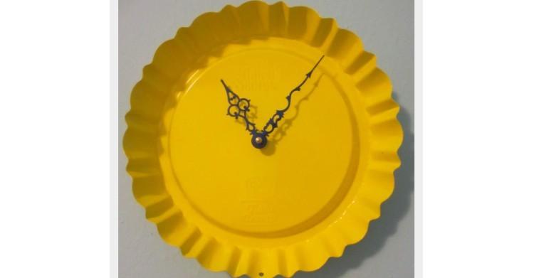 pie tin clock