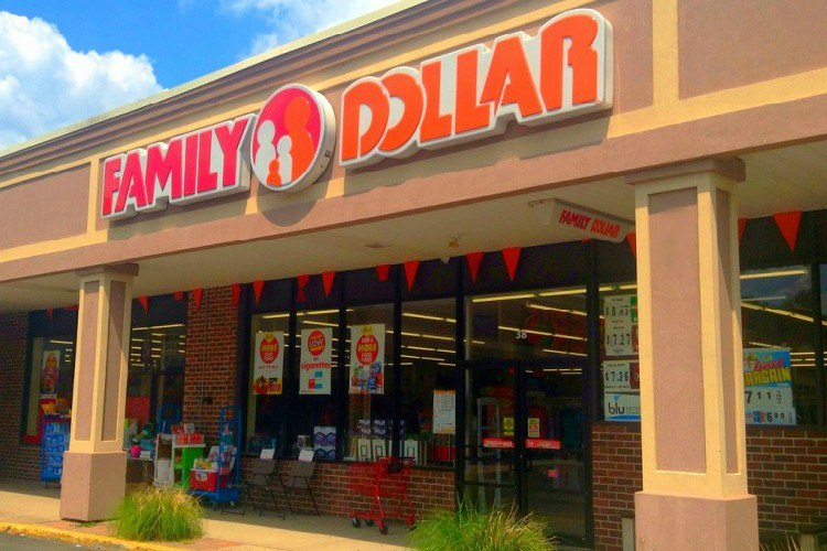 Image of Family Dollar Store.