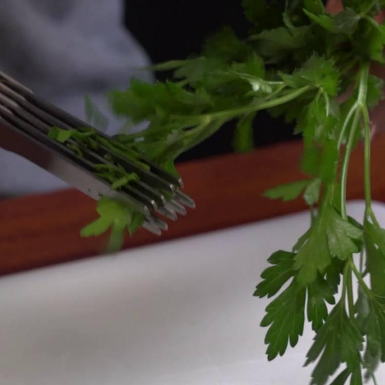 Kitchen Gadget Challenge (5)