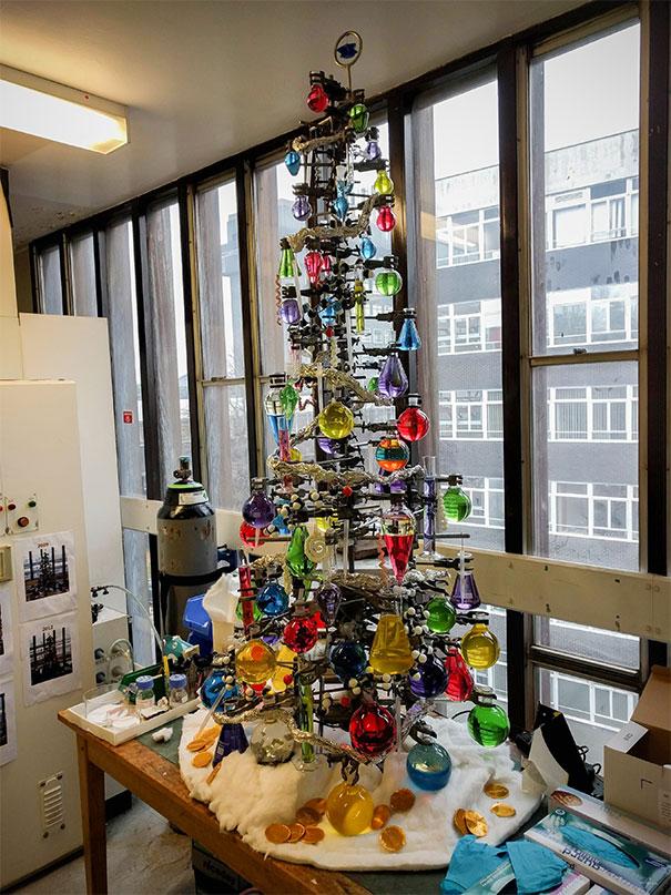 diy-christmas-tree-ideas-53-5c0f7024728d4__605