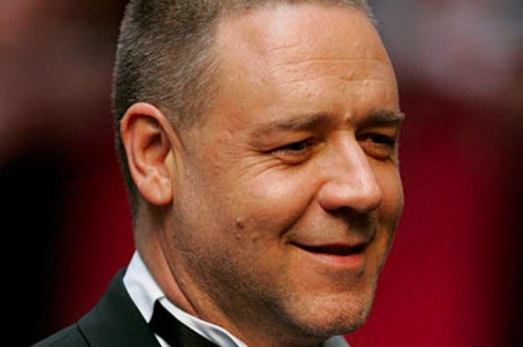 Russell Crowe smiles