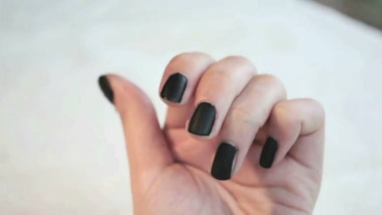 Get a matte nail look with steam