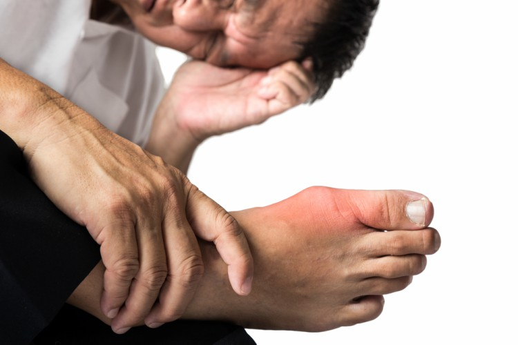 Painful foot with red toe