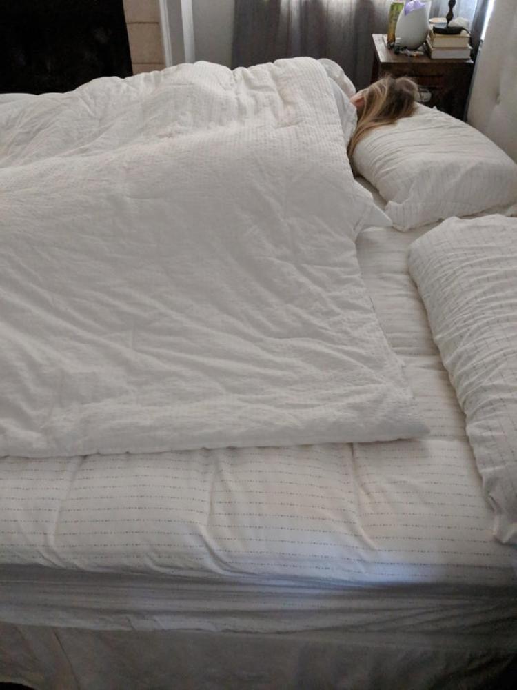girl in blankets