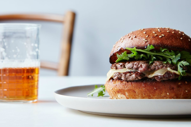 Delicious burger made with smashing method
