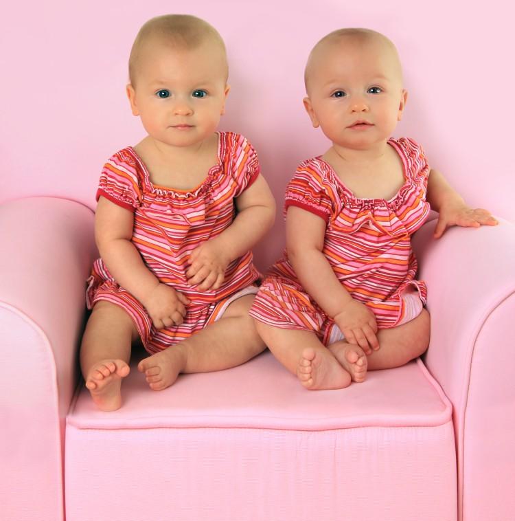 Image of twin girl babies.