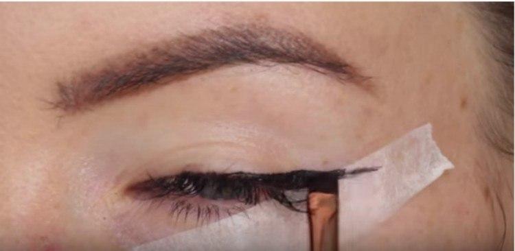 eyeliner tape