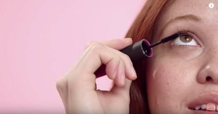 Best pro tips to apply mascara correctly