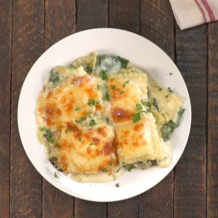 overhead-creamy-spinach-artichoke-ravioli-bake