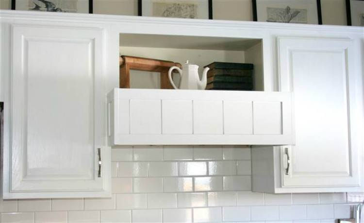 DIY range hood for kitchen.