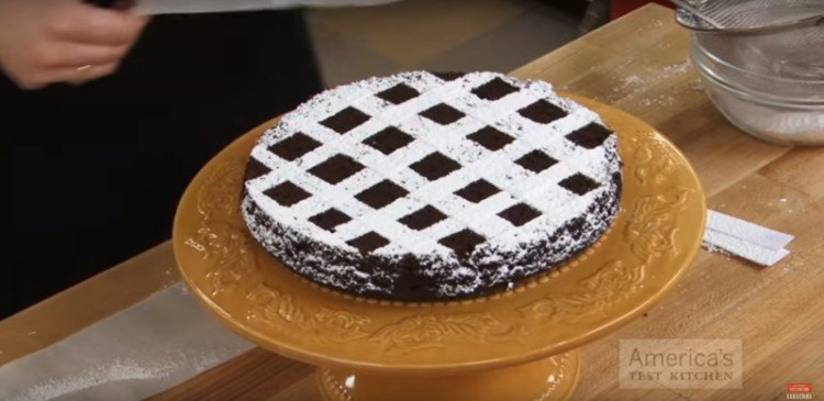 Checkered pattern on cake.