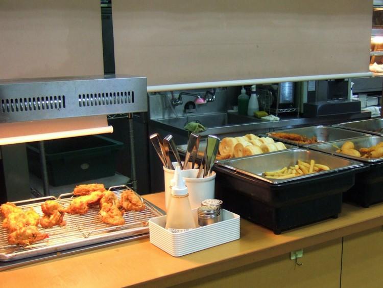 Image of KFC buffet in Japan.