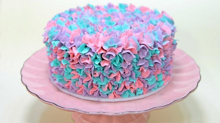 Star Tip Rainbow Flower Cake
