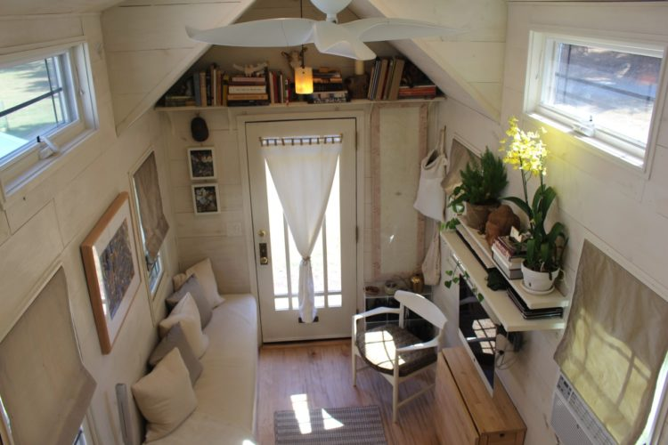 Image of the entrance/living room of a tiny ohouse