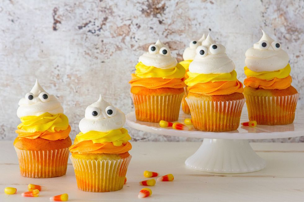 gallery-1442856528-1-candy-corn-cupcakes-delish