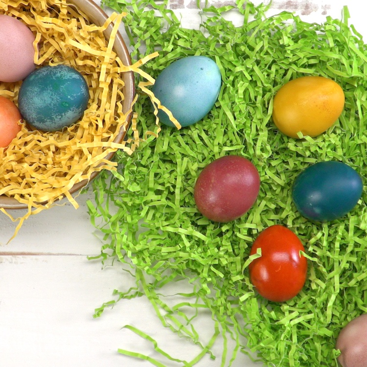 Naturally Dyed Easter Eggs 9