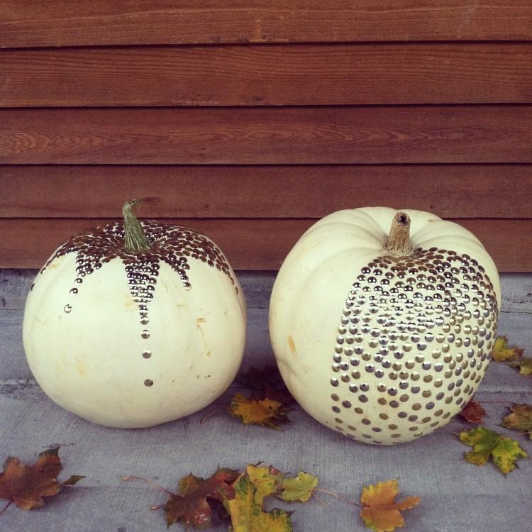pumpkin_thumbtack