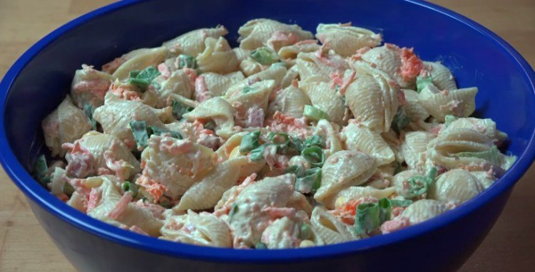 Finished creamy pasta salad.