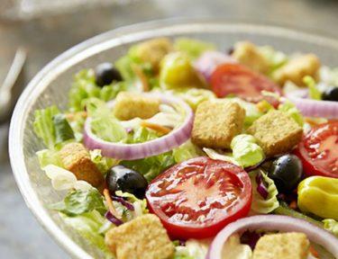 Image of Olive Garden salad.