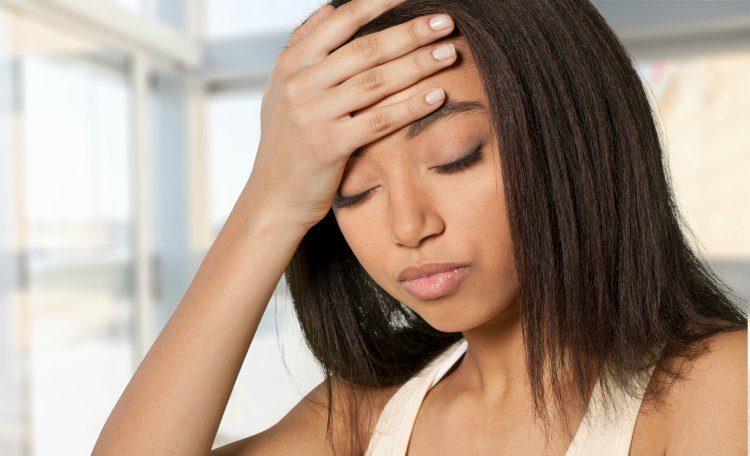 HeadacheWoman