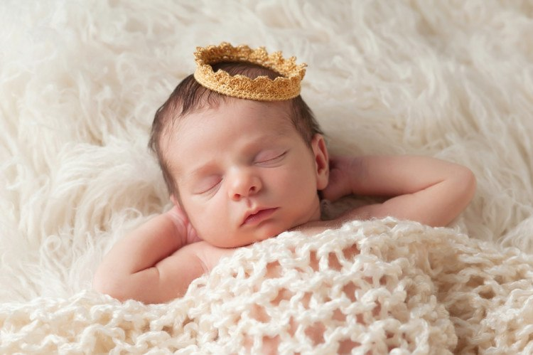 Newborn Baby with Prince\'s Crown