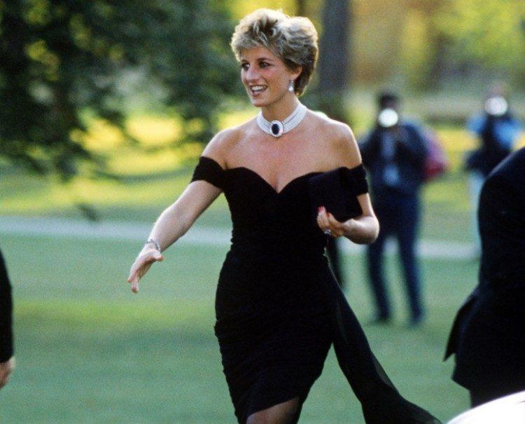 Diana in her revenge dress.