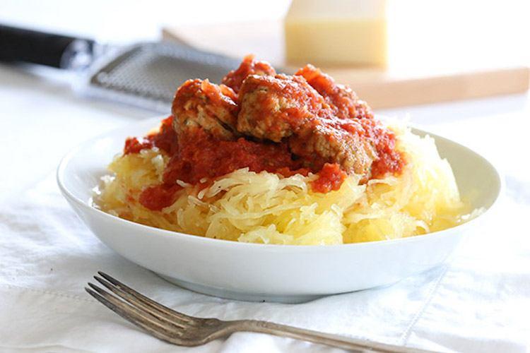 Slow Cooker Spaghetti Squash and Meatballs