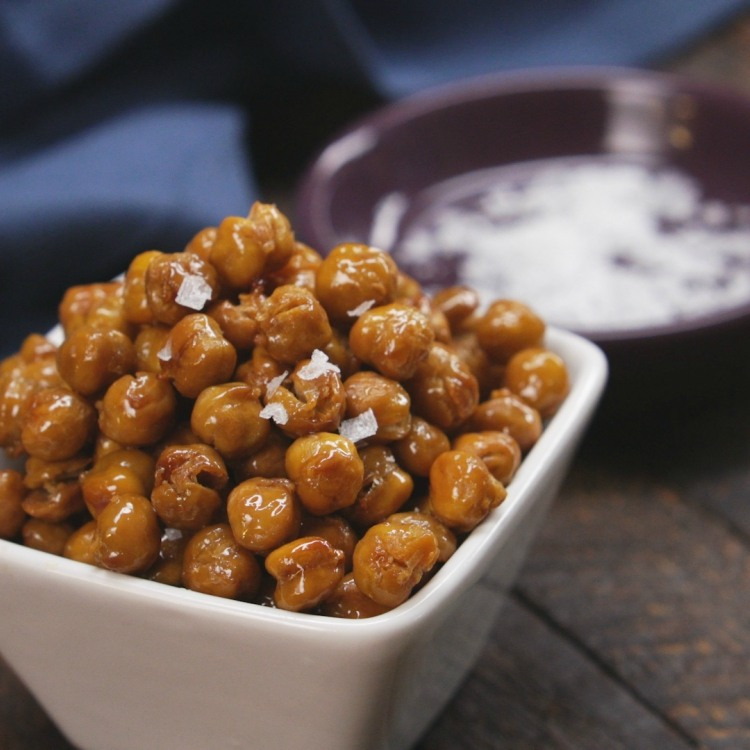 Bowl of honey roasted chickpeas