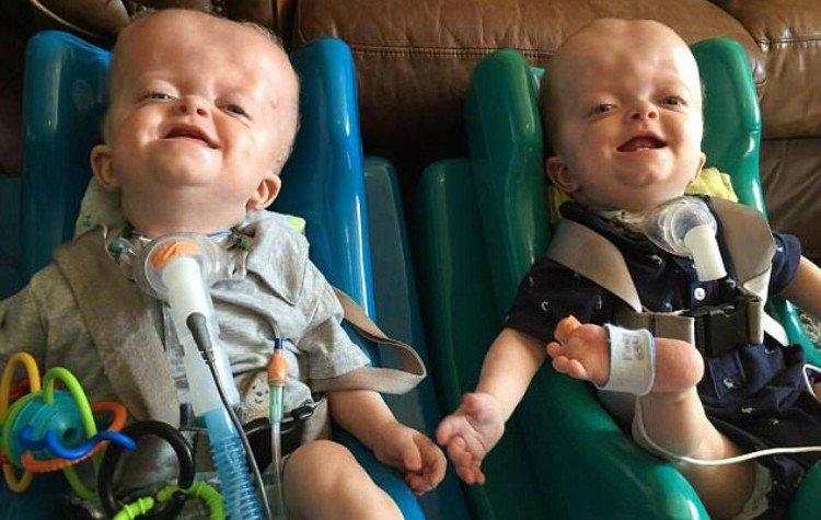 Mathew and Marshall Trepanier in baby seats