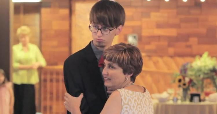 Mother and son wedding dance beginning.