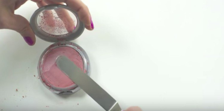 makeup hack powder