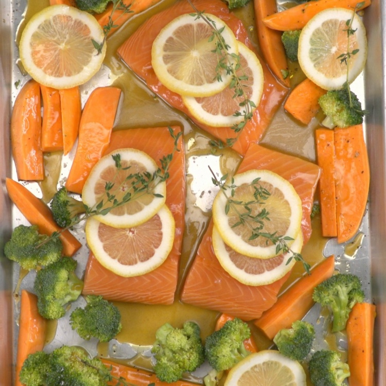 overhead-honey-glazed-sheet-pan-salmon