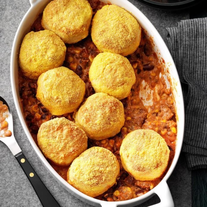 Beef-n-Biscuit-Bake_EXPS_GBBZ19_3959_E11_07_6b-1-696x696