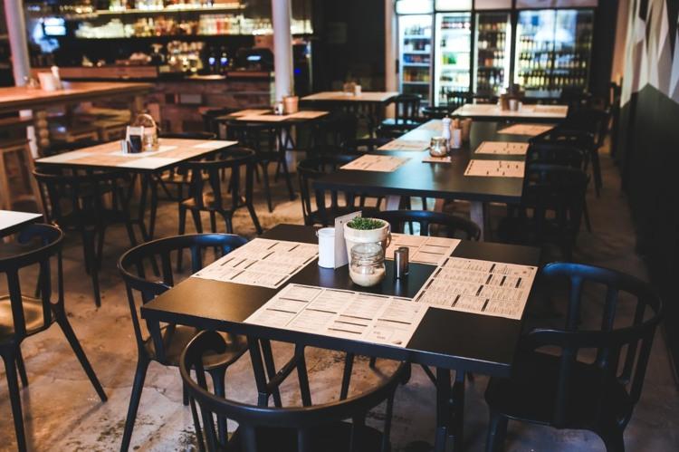 Pic of empty restaurant.