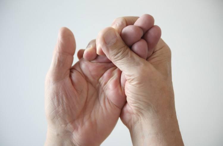 hand numbness