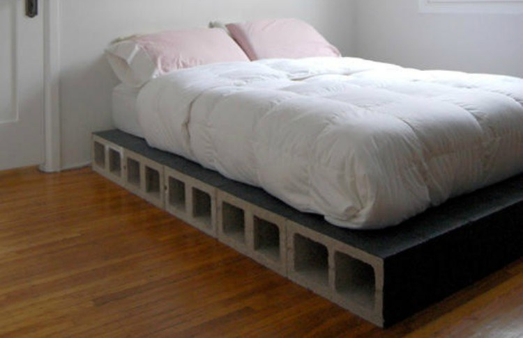 cinder block bed frame