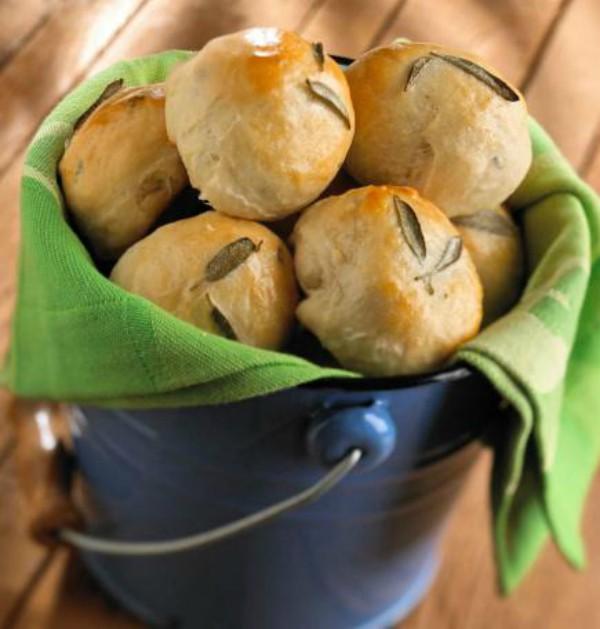 Sage Potato Rolls 2
