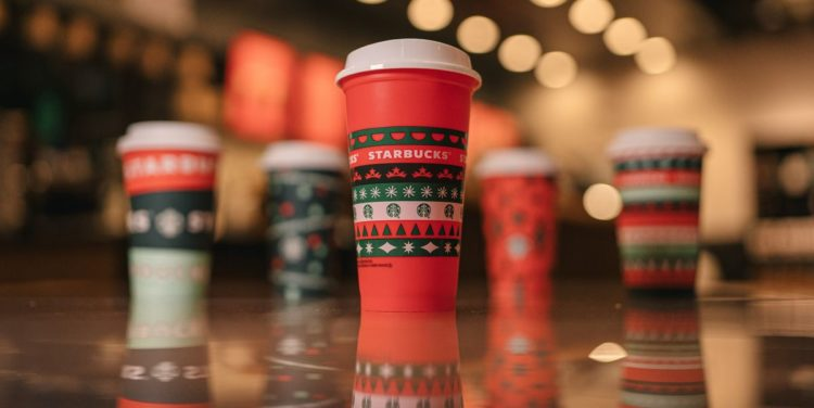 starbucks-holiday-cups-with-collectible-cup-jpg-1604521672