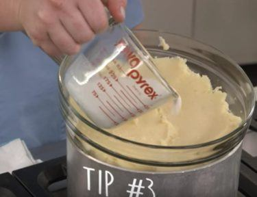 How to keep Thanksgiving mashed potatoes warm.