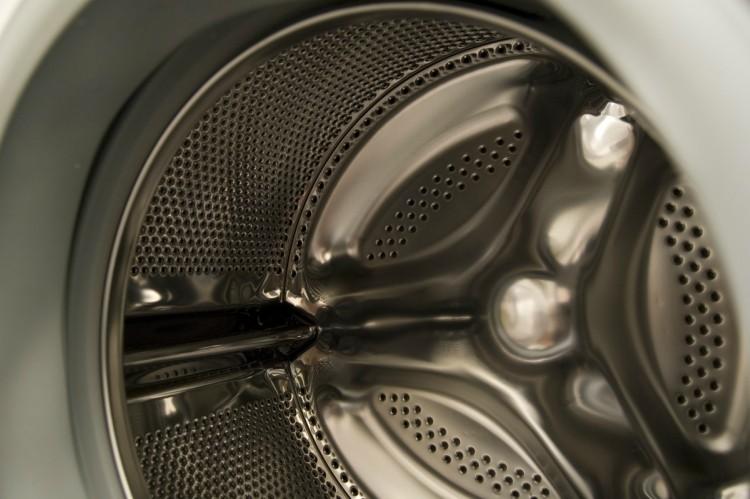 Use Epsom salt to clean washing machine