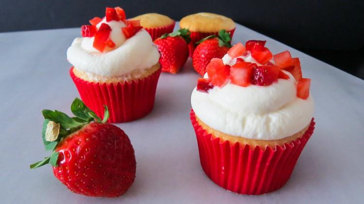 strawberrycupcakes-1-4a