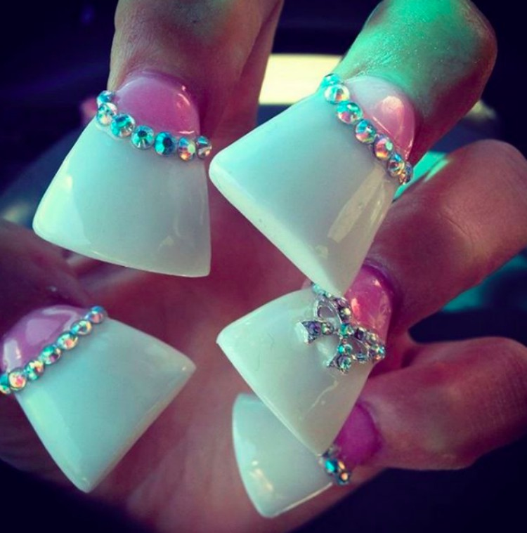 Image of duck feet nails